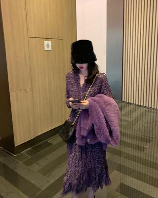 紫色长袖v领碎花2020年新款连衣裙