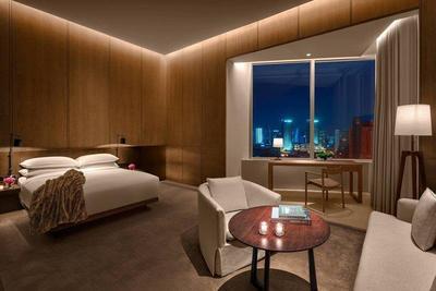 上海艾迪逊酒店风尚外滩景观房