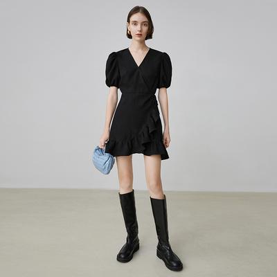 范洛 2020夏季新款黑色法式连衣裙V领荷叶边收腰小黑裙连衣裙女