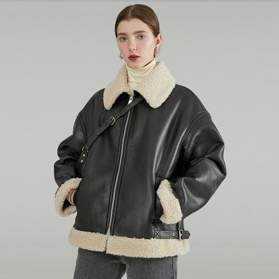 范洛2019秋冬季新款仿皮毛一体翻领短款宽松加厚机车服夹克外套女