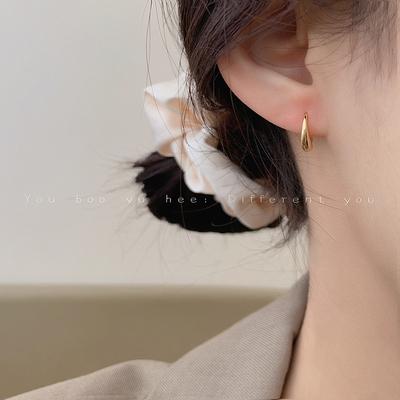 简约小巧金属水滴型耳挂耳环韩国气质网红高级感2020年新款潮耳饰