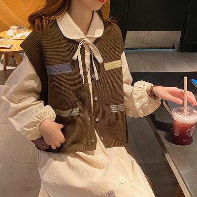 麦枳 时尚小心机 撞色口袋针织马甲女秋2020新款外搭宽松背心上衣