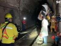 台铁出轨列车第6车厢又发现一具遗体,死亡人数升至51人